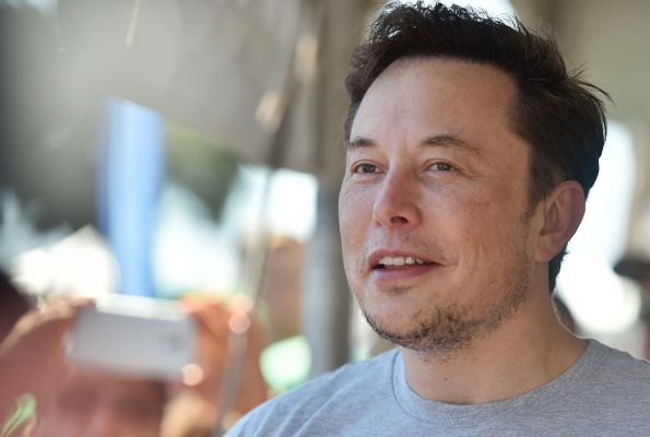 Elon Musk, SEC agree to guidelines on Twitter use