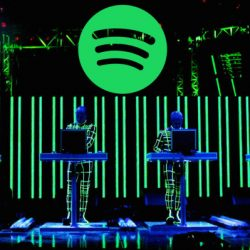 Spotify is building shared queue Social Listening