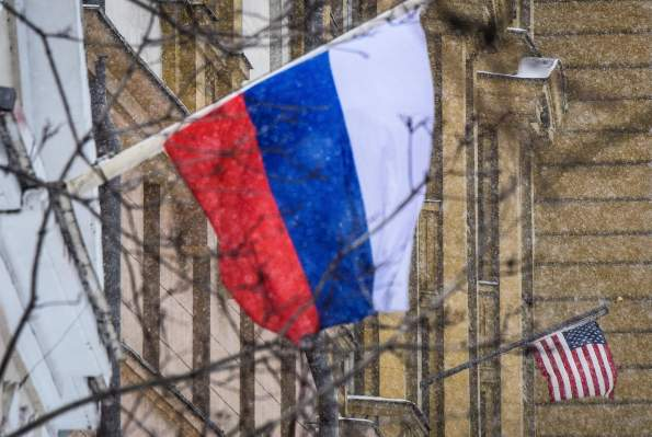Apple and Google Maps accommodate Russia's annexation of Crimea