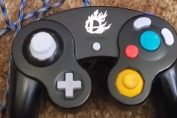 Random: Smash Bros. Melee Player Invents Hand-Warming GameCube Controller