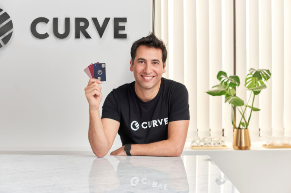 "Curve, the 'over-the-top' banking platform, launches ""Curve Send"" for P2P payments in 25 currencies"