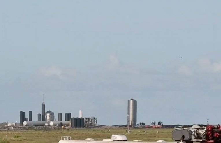 SpaceX successfully flies its Starship prototype to a height of around 500 feet