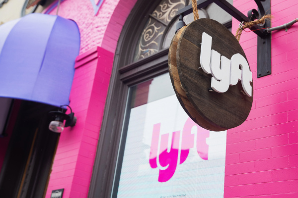 Investors cheer as Lyft's Q1 revenue didn't fall as much as expected