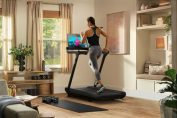 Peloton apologizes, agrees to treadmill recall