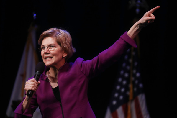 Facebook's ad team shoots itself in the foot by pulling Elizabeth Warren campaign ads