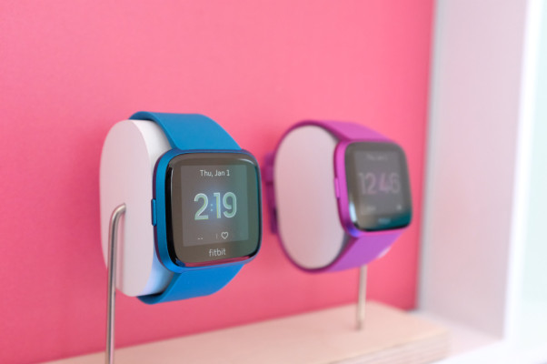 Fitbit lowers guidance after Versa Lite disappoints