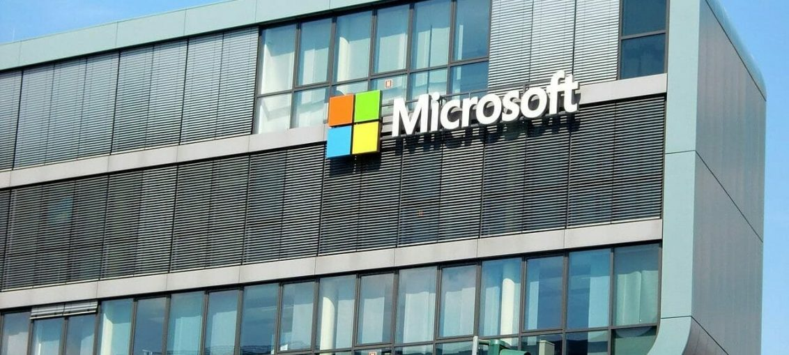 Scammers imitate Windows logo with HTML tables to slip through email gateways