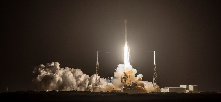 SpaceX launches 60 more Starlink satellites