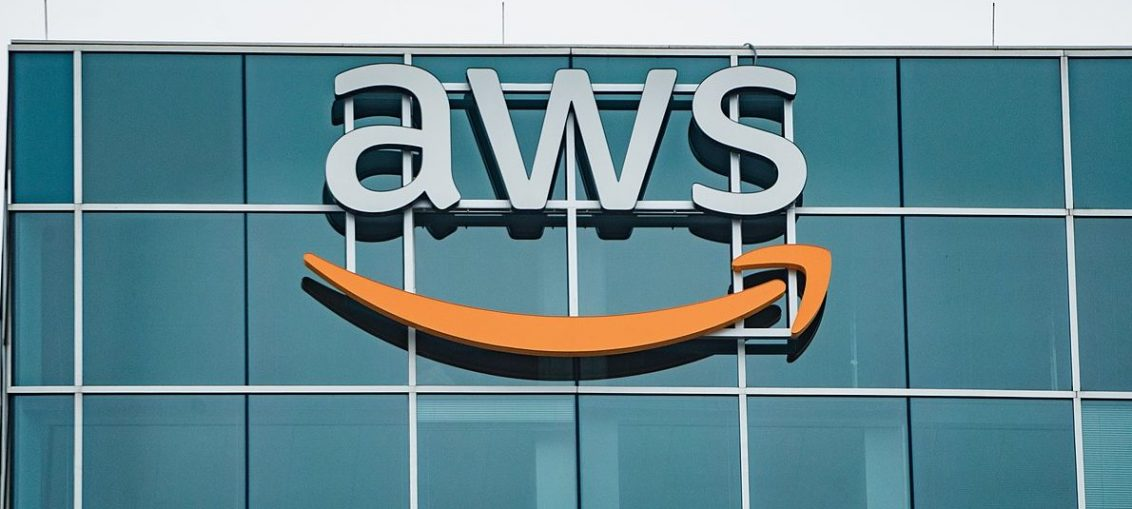 AWS offers free online training for cloud architects