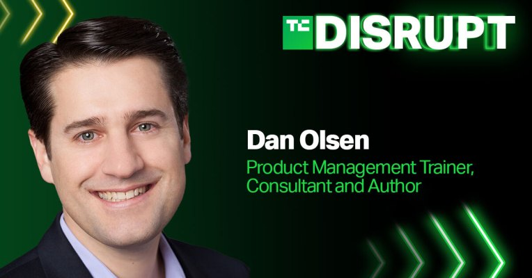 Dan Olsen leads a product-market fit masterclass for the Startup Alley+ cohort