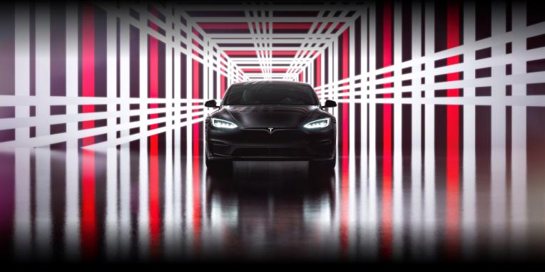 Tesla's quarterly profit surpasses $1 billion